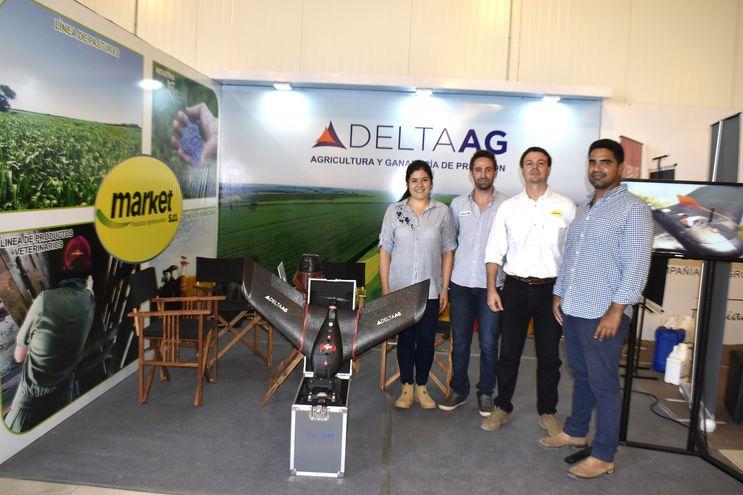 Toda la tecnología en mapeos con drones para toma de decisiones, y pasturas para lograr mejores rendimientos y ganancias de peso, estuvo en el stand de DeltaAG y Market.