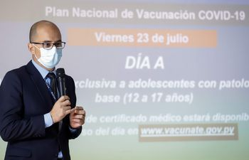 Héctor Castro, titular del Programa Ampliado de Inmunizaciones.