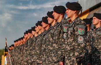 Los nuevos agentes del Grupo Lince que reforzarán la unidad de Operaciones Especiales Motorizadas.