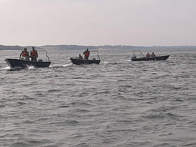 Restrieguen navegación por aguas del rio Paraná