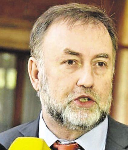 El ministro de Hacienda, Benigno López, dejará el cargo para ocupar otro como vicepresidente en el BID.