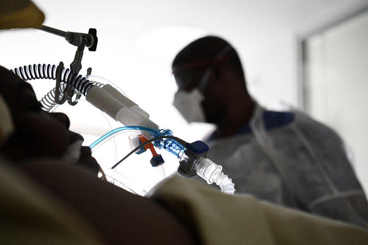 Unas 342 personas se encuentran en la unidad de terapia intensiva.