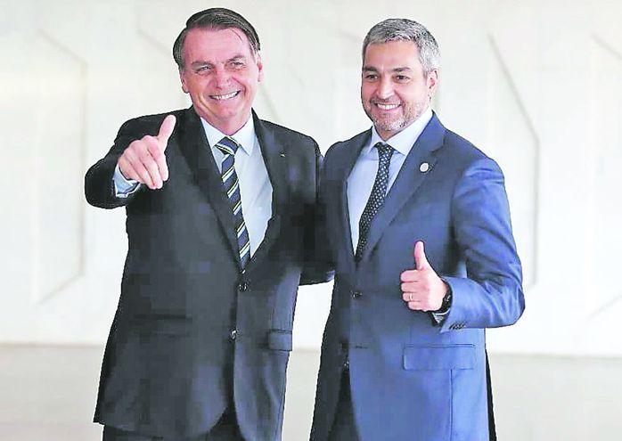 Jair Bolsonaro, presidente de Brasi, y Mario Abdo Benítez, mandatario de Paraguay.