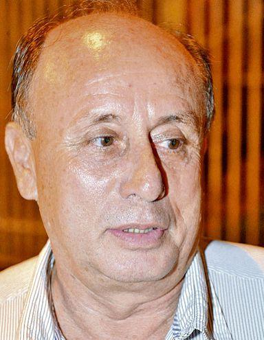 El parlasuriano Celso Troche Álvarez (ANR, cartista) tiene 67 años y pese a la edad fue vacunado.