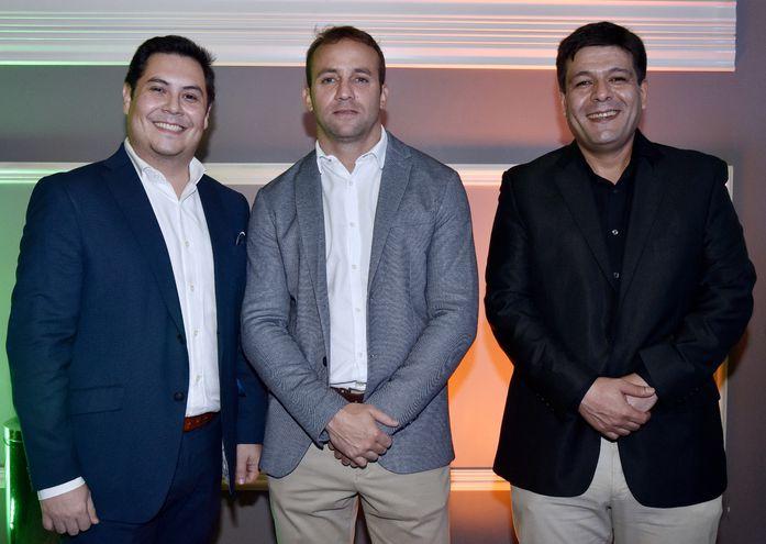 Diego Segovia, Martín Pineda y Raúl Alvarenga.
