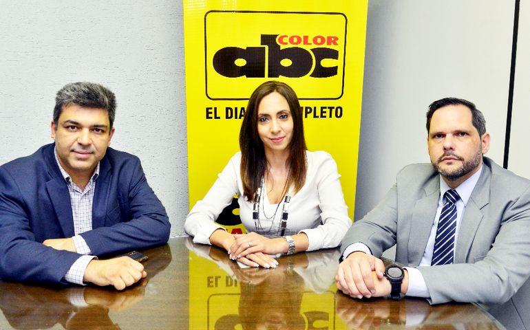 Christyan Pérez Reyes, Rocío Paniagua y Manuel Benítez Codas, del PMI capítulo Asunción.