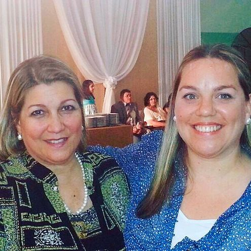 Desirée Grillón y Adriana Saccarello.