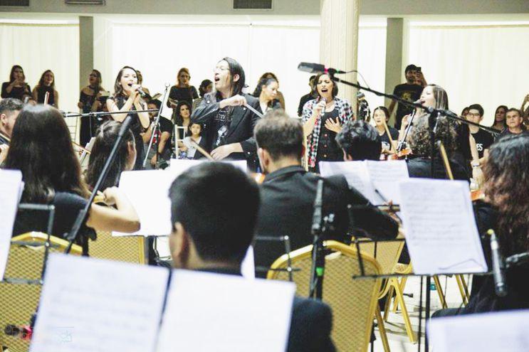 Cantantes,  varios coros y una orquesta sinfónica formarán parte  esta noche de la segunda edición de FilarmoRock.