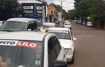 Propaganda electoral extemporánea en San Lorenzo. (Foto: José Melgarejo, ABC TV)).