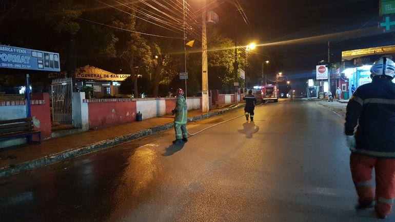 En San Lorenzo la fumigación se hace en los hospitales y mercados.