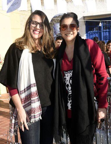 Lorena Hermosa y Silvia de Hermosa.