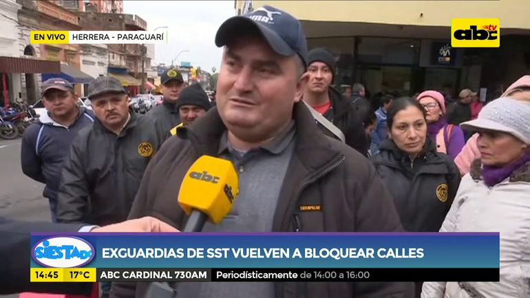 Ex guardias de SST vuelven a bloquear calles