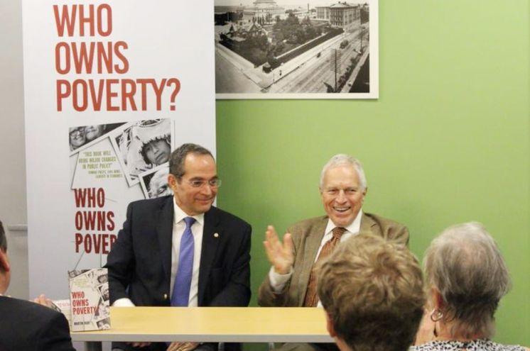 Martín Burt y  el Premio Nobel de Economía 2006, Edmund Phelps.