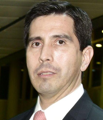 Federico  González Franco. Renunció ayer al cargo de director general  de Itaipú. Será asesor estratégico del  presidente Mario Abdo.