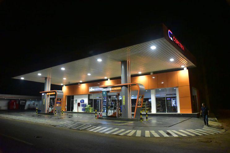 Estación de servicio Copetrol, del barrio Laguna Blanca.