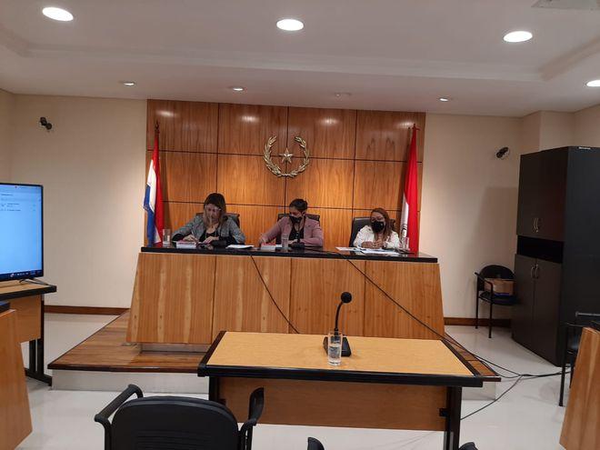 Tribunal de sentencia durante el juicio oral y público.