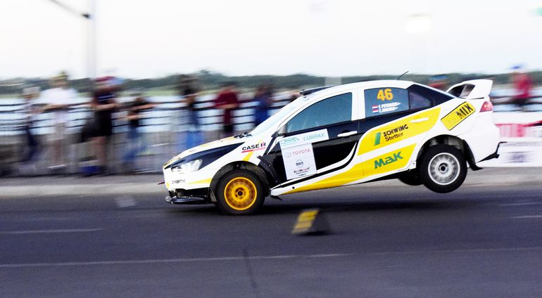 En la RC2N Pro, Federico Petersen y Félix Angulo fueron los vencedores.