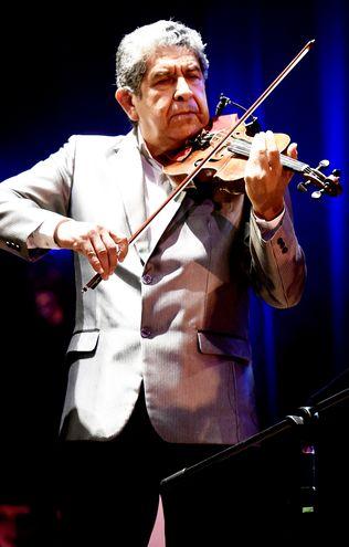 """Luis Álvarez está preparando el espectáculo """"Noche de película"""", que tendrá lugar en el Teatro Municipal, el 6 de setiembre."""