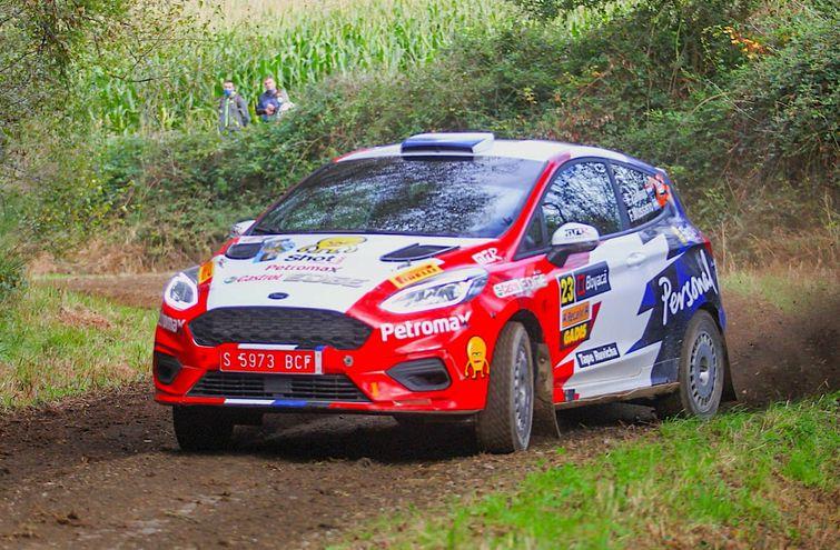 Con el Ford Fiesta R4 EcoBoost, Fabrizio Zaldívar y Fernando Mussano estarán presentes hoy en el Rally Terra Da Auga, prueba válida por la segunda fecha del Campeonato Español.