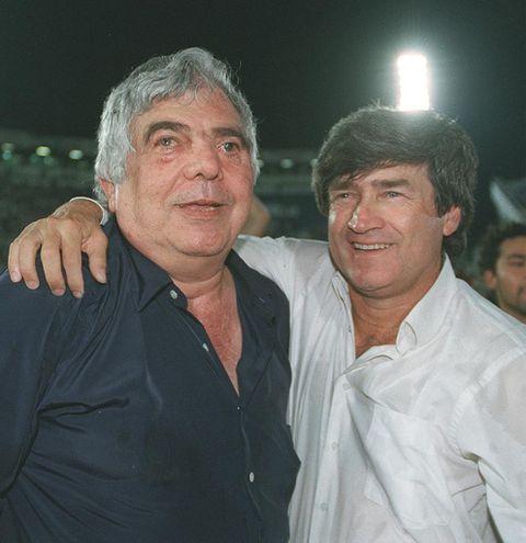 Dominguez y Solalinde disfrutando de un triunfo del equipo.