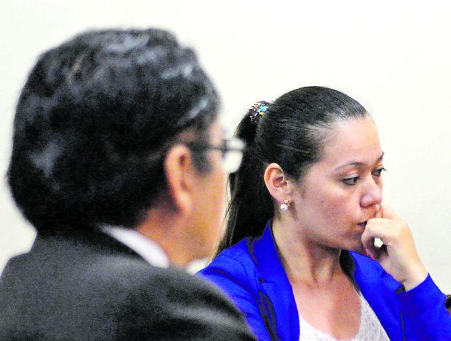 Gabriela Quintana cobraba dos sueldos: uno en la Cámara de Diputados y otro en Itaipú, con ayuda de Víctor Bogado (ANR).