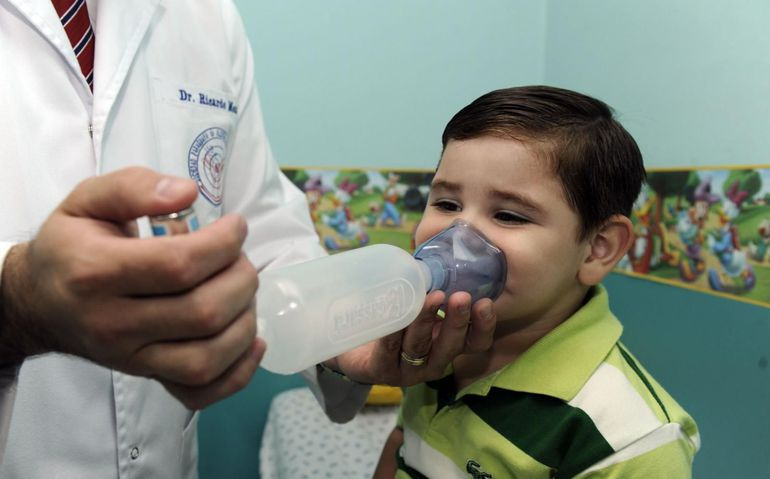 La mayoría de los niños que consultan presentan cuadros respiratorios y los médicos instan a seguir manteniendo el distanciamiento, además de acudir al médico ante los primeros síntomas.