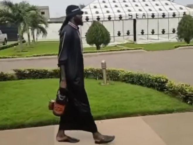 Emmanuel Adebayor, a pura música y tereré en Togo - Olimpia - ABC Color