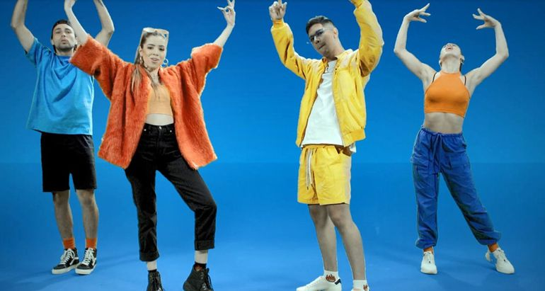 Participa en el videoclip la joven Keila Sandoval, más conocida como Kaese. Las carismáticas  coreografías de Jessi Torres, destacándose con los pasos de baile.