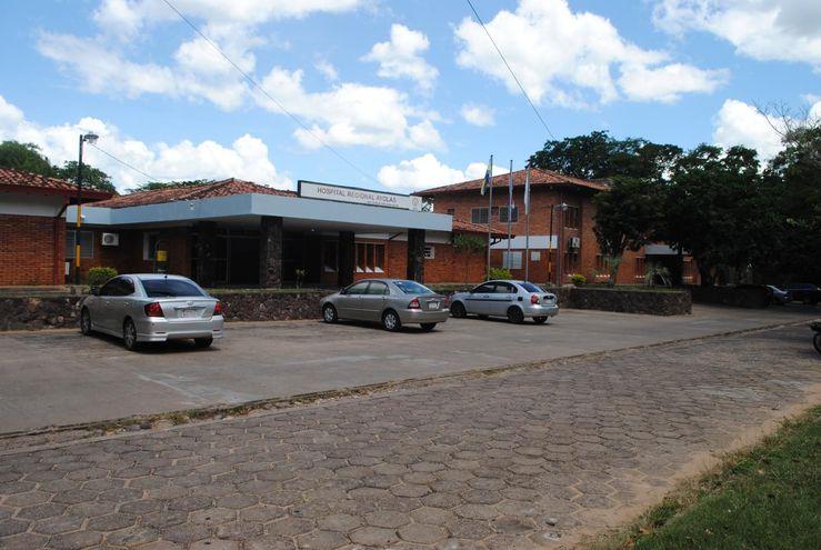 Hospital de Ayolas, donde fueron llevados los restos de la fallecida.