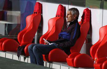 Barcelona destituyó a Setién tras la goleada sufrida en Champions.