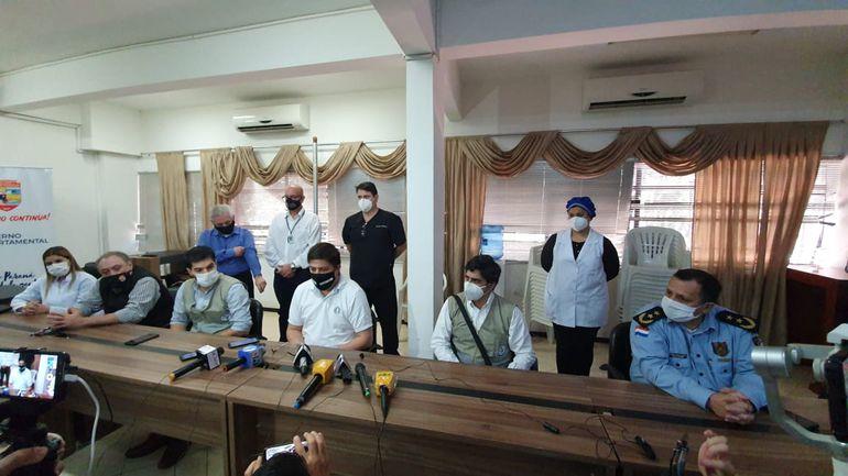 La conferencia de prensa se desarrolla en estos momentos en la Gobernación del Alto Paraná.