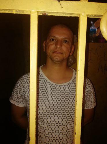 Albino Cubas Díaz, detenido.