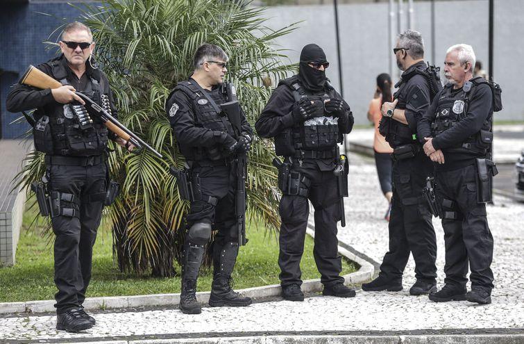 La Policía Federal brasileña, en operativo conjunto con autoridades de Paraguay y Estados Unidos, capturaron a pederastas.
