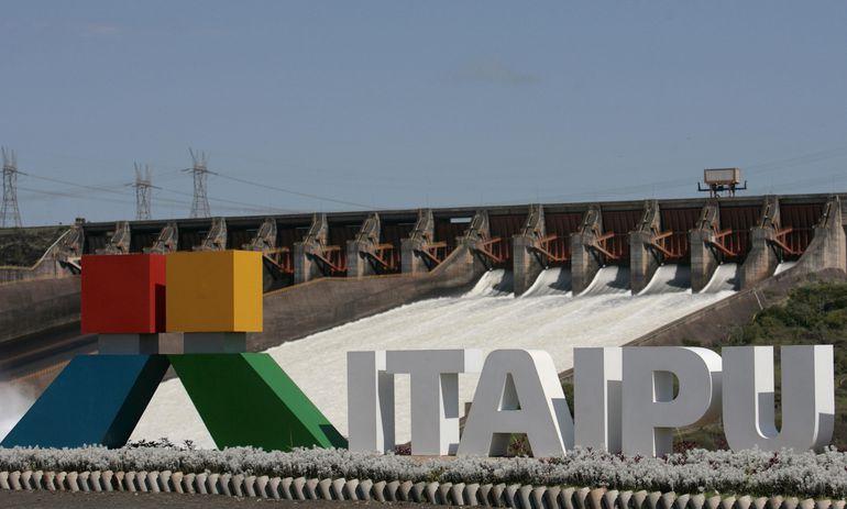 Al rubro gastos de explotación de Itaipú le destinaron en  2018 US$ 716.127 millones, para el actual, US$ 859 millones.