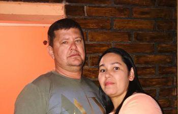 El intendente de Juan E. O´Leary, Everaldo Acosta (ANR, abdista), incluyó a su esposa Sandra Cerdán en la lista de beneficiarios de la SEN.