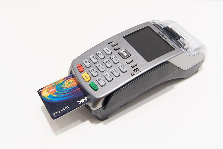 En nuestro país se vio un crecimiento de +2,7%  en la utilización de tarjetas de débito.