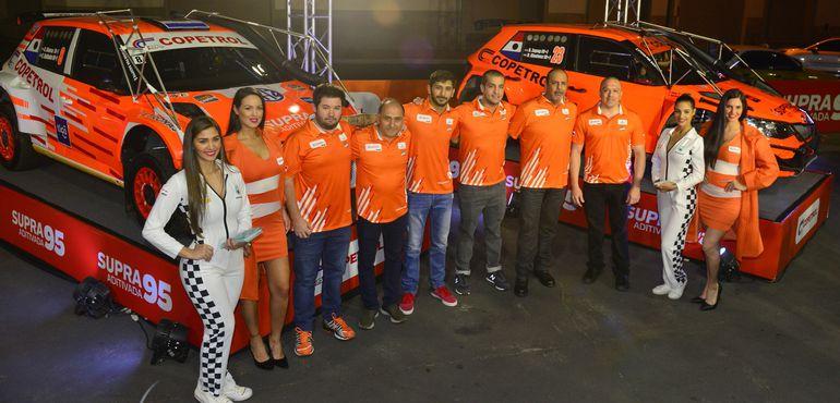Los integrantes del Team Copetrol, que buscarán ser protagonista en la edición 46 del Transchaco Rally, con todo su poderío.