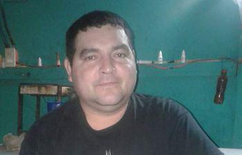 Fernando Rivarola Villalba (45) es el principal sospechoso de asesinar a puñaladas a su cuñada tras intentar someterla sexualmente. Se encuentra con paradero desconocido.