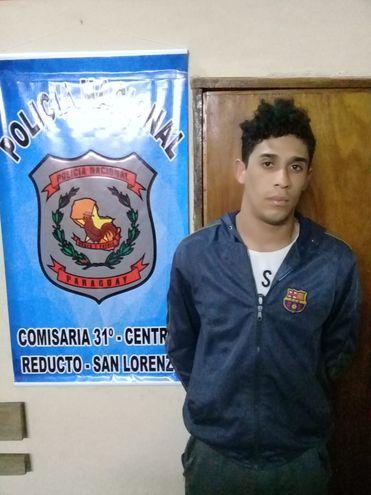 Arturo Fabián Aguayo Ortíz, el joven detenido.