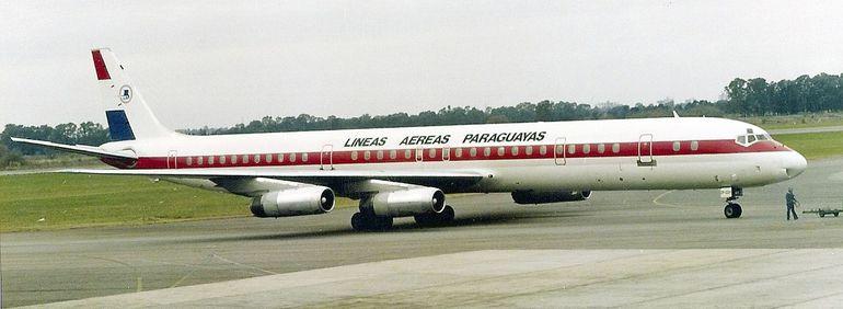 LAP dejó de operar en 1994 y, tras funcionar brevemente como LAPSA, fue vendida a TAM que privatizó la empresa.