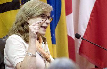 Cristina Haydée Arrom, hermana del prófugo de la Justicia Juan Arrom.
