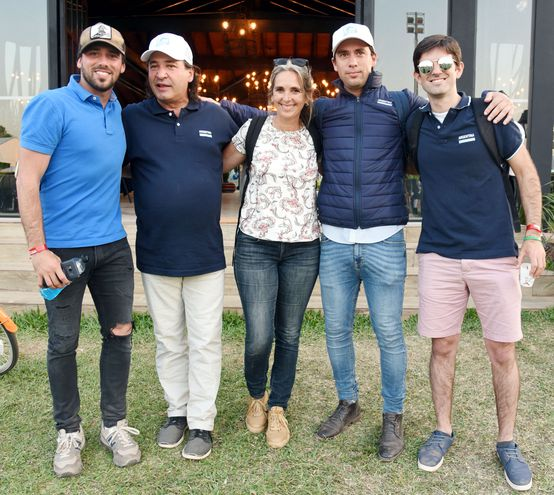 Rodrigo Luna, Gerardo Minuzzi (padre e hijo), Natalia Mariscany y Tomás Pazzos.