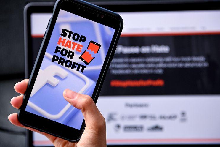 #StopHateForProfit (Paremos los beneficios por odio) es el slogan de la campaña a la que se han sumado decenas de grandes compañías, que decidieron dejar de hacer publicidad en Facebook.