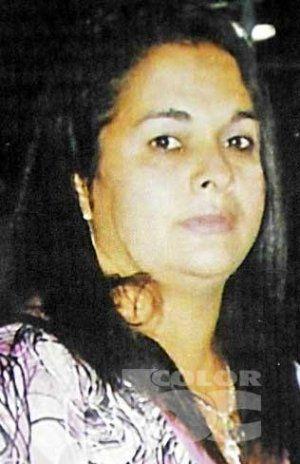 Lizsa Zoraida Alegre (45), buscada por hurto y robo de identidad.