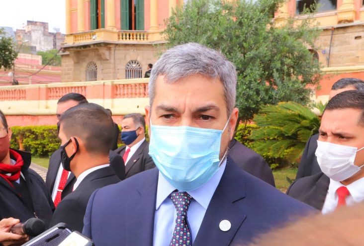 Mario Abdo habló con los medios tras las internas coloradas del pasado domingo.