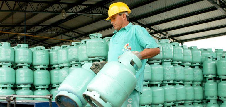 El ajuste aplicado desde hoy al precio final del gas doméstico será el tercer incremento en lo que va del año.