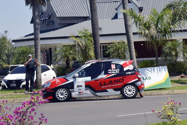 El primer lugar en la RC5 quedó en poder de Bruno Llano y Pedro Sosa, al mando de un Toyota Etios.