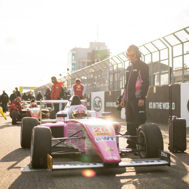 Joshua Duerksen compite en el certamen alemán e italiano de la Fórmula 4 por segunda vez consecutiva.