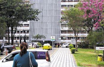 Los siameses recién nacidos se encuentran en el Hospital Central del IPS en óptimas condiciones de salud.