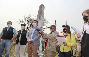 La apertura de la mensura se realizó en el Hito VIII frontera con Bolivia, distrito de Bahía Negra, Alto Paraguay, con presencia de autoridades, propietarios de la región y referentes ambientalistas.